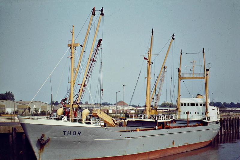 THOR (Hamburg) - IMO6513487 - Cargo - DEU/1273/65 JJ Sietas Schiffswerft, Hamburg, No.550 - 74.7 x 10.9 - Reederei Bauer - 09/10 broken up - Wisbech, unloading timber for Jewson's, 08/83.