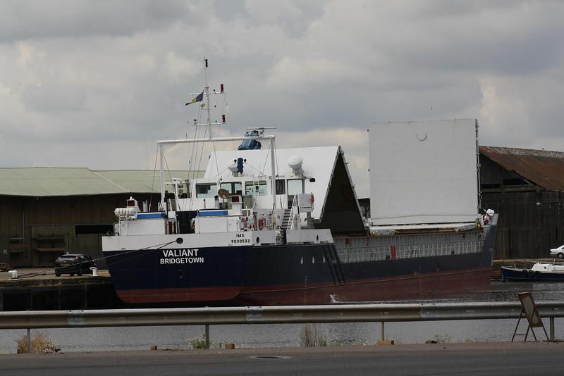 VALIANT (Bridgetown) - IMO9030503 - Cargo - BRB/2366/93 Schiffs Rosslauer, No.235 - 74.9 x 11.4 - Faversham Ships, Ryde, IOW - Kings Lynn, now loading grain in Alexandra Dock after unloading fertiliser, 09/07/09.