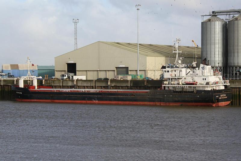 SHEKSNA (St Petersburg) - IMO8876572 - Cargo - RUS/2769/94 Stocznia Gdanska, No.TS82/01 - 82.4 x 12.5 - Volga-Neva Ltd - Kings Lynn, loaded with grain on Alexandra Quay, 25/11/08.