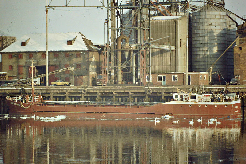 XANTHENCE (Colchester) - Cargo - GBR/690/77 JW Cook & Co., Wivenhoe, No.1453 - 45.6 x 8.3 - Crecent Shipping - 21/05/85 sank 7.5nm north of Calais after collision with ROSITA MARIA (DEU/2650/77), Calais for Howdendyke with ferrosilicon.
