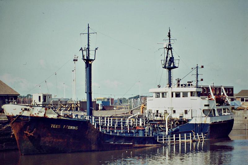 TEES REDWING (London) - IMO6403230 - Chemical Tanker - GBR/1000/64 Scheeps de Groot & van Vliet, Slikkerveer, No.355 - 52.7 x 9.7 - TNT Transport - 2002 broken up - Kings Lynn, to unload, 07/84.