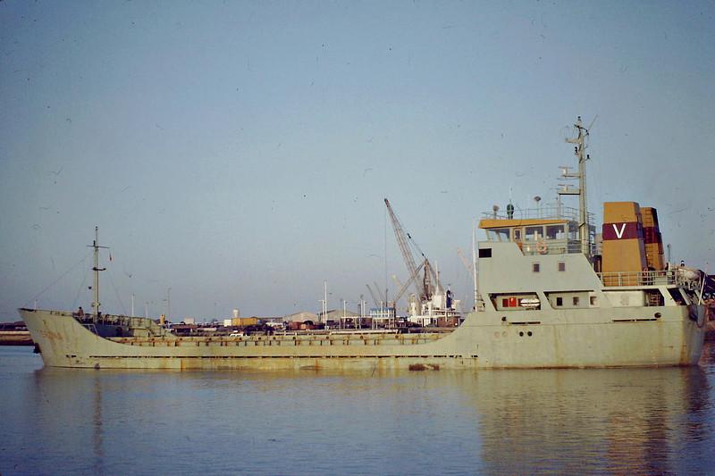 TERONA (Delfzijl) - IMO7716488 - Cargo - NLD/1519/78 Scheeps Bijholt, Foxhol, No.604 - 65.8 x 10.8 - still trading as MICHAIL (GRC) - Kings Lynn, outward bound loaded with grain, 02/84.