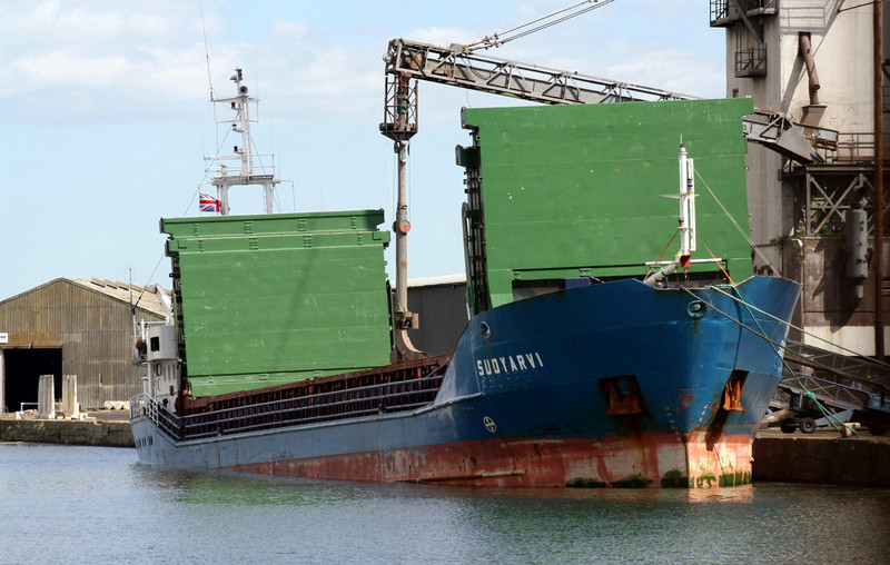 SUOYARVI (Panama) - IMO9116773 - PAN/2300/94 Onega Arminius Shipyard, Petrozavodsk, No.10523.002 - 81.4 x 11.5 - Orion Shipping Co. - Kings Lynn, loading grain, 15/08/11.