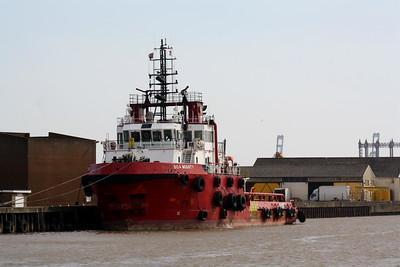 YARMOUTH & LOWESTOFT SHIPPING