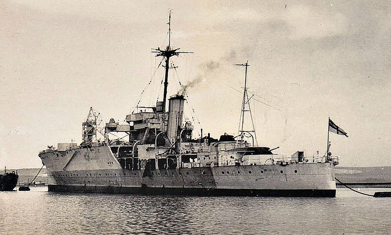1929 to 1954 - ALBATROSS - Seaplane Carrier - 4800 tons - 128.7 x 18.6 - 1929 Cockatoo Dockyard, Sydney - 4x4.7in., 4x40mm - 21 knots - 1930 Northern Territories, 1932 Gunnery Training Ship, 04/33 to Reserve, used as base for visiting seaplanes, 01/38 transferred to Royal Navy, to Reserve on arrival, 09/39 Freetown, 6 Walrus a/c, 11/41 refit at Mobile, Alabama, until 05/42, East Indies Station, 09/43 to Reserve, Devonport, Aircraft Base Ship, 11/43 converted to Repair Ship (catapult and forward guns removed), 06/44 Operation Neptune, Force S, as Landing Craft Repair Ship, 11/08/44 hit by circling torpedo, Badly damaged, 66 dead, 09/44 under repair until 03/45, to Reserve, 08/46 sold commercial as PRIDE OF TORQUAY, 1947 HELLENIC PRINCE, 1949 converted to Passenger Ship, 08/54 broken up at Hong Kong - seen here in 08/45.