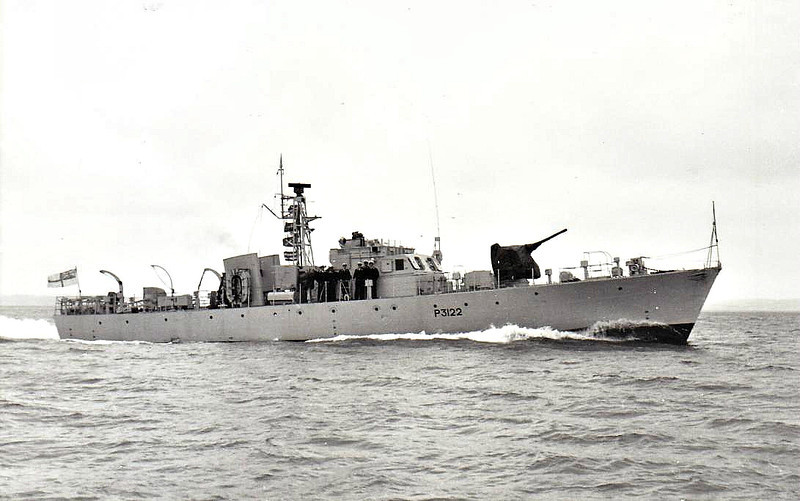 1954 to 1967 - MARLINGFORD (P3122) - Ford Class Seaward Defence Boat - 120 tons - 35.7 x 6.1 - 1954 Yarwood & Sonsa, Northwich - 18 knots - 08/67 sold for breaking.