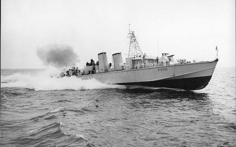 1953 to 1958 - BOLD PIONEER (P5701) - Bold Class Fast Attack Craft - 150 tons - 36.9 x 6.2 - 1953 J Samuel White & Co., Cowes - gunboat: 2 x 1 - 4.5in, 1 x 1 - 40mm (as seen here), torpedo boat: 1 x 1 - 40mm, 4TT - 40 knots - 10/58 sold - seen here in May 1953.