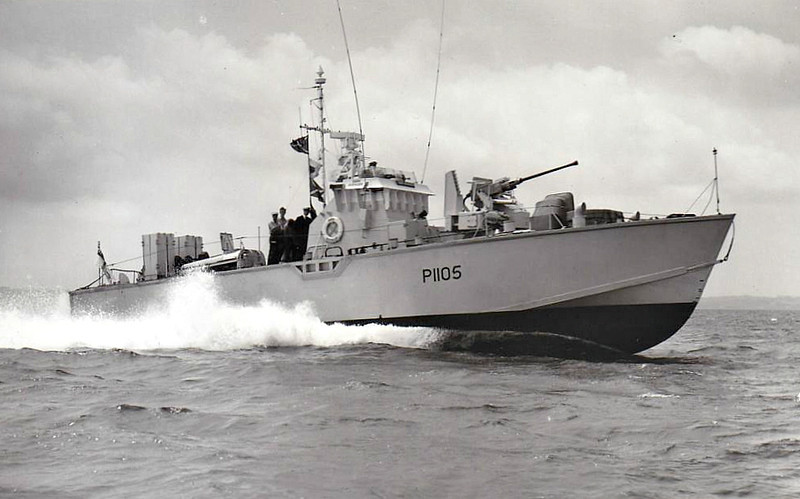 1955 to 1966 - DARK AVENGER (P1105) -  Dark Class Fast Attack Craft - 64 tons - 21.8 x 5.9 - 1955 Saunders Roe Ltd., Beaumaris - 1x40mm, 4TT - 40 knots - 02/66 sold for breaking - seen here in 06/56.