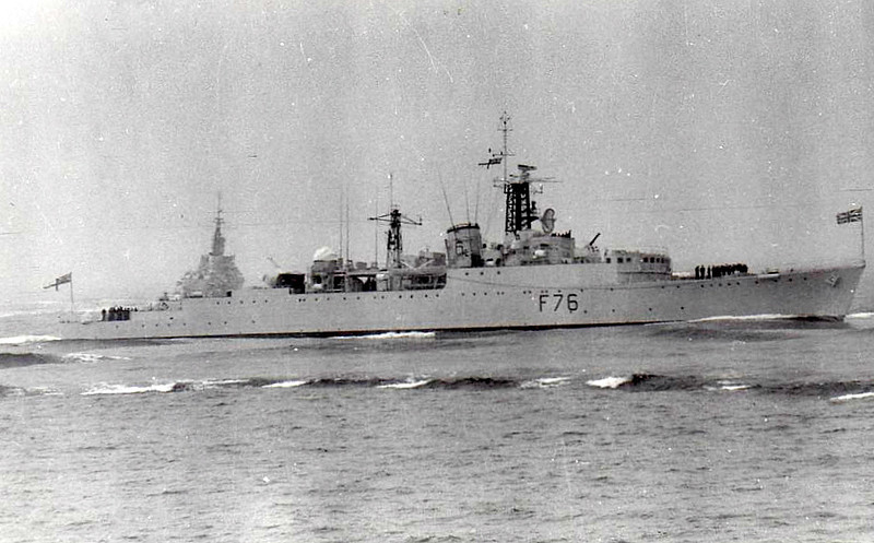 1943 to 1965 - VIRAGO (R75) - V Class Destroyer - 1777 tons - 111.0 x 10.9 - 1943 Swan Hunter & Co., Wallsend - 4x4.7in., 4x40mm, 6x20mm, 8TT - 37 knots - 11/43 26th Destroyer Flotilla, Home Fleet, 26/12/43 Battrle of the North Cape, 06/44 Operation Neptune, Force S, 12/44 with flotilla to Eastern Fleet, 1946 3rd Destroer Flotilla, Mediterranean, 1949-53 converted to Type 15 ASW Frigate, as seen here, then 6th Frigate Sqdn, Home Fleet, 1955 to Reserve, 1962 17th Frigate Sqdn., 1963 to Reserve, 06/65 sold for breaking.