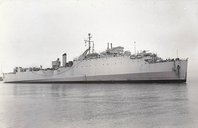 1944 to 1946 - NORTHWAY (F142) - Casa Grande Class Dock Landing Ship - 7930 tons - 139.6 x 22.0 - 1944 Newport News Shipbuilding and Dry dock Co., VA as USS CUTLASS (LSD) - 1x5in, 16x20mm - 15 knots -  transferred to Royal Navy as HMS NORTHWAY (F142) whilst building - 06/06/44 D Day, 10/46 returned to USMC, sold commercial - 1953 JOSE MARTI, 1956 CITY OF HAVANA, 1962 WS I, 1966 CELTIC FERRY - 03/74 broken up at Hamburg - seen here in 10/46.