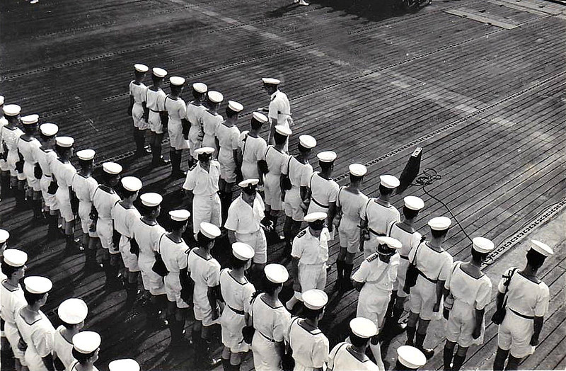 1943 to 1946 - HMS QUEEN - Bogue Class Escort Carrier - capacity of about 24 aircraft, often used for convoy escort duties - 1944 Aircraft Delivery Duties, 01/45 Home Fleet, 06/45 converted to troopship, 10/46 returened to US Navy - Captain's inspection.
