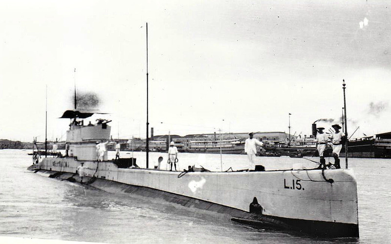 1918 to 1932 - L15 - L9 Class Submarine - 904 tons, 1091 tons dived - 69.0 x 7.2 - 1918 Fairfield Shipbuilding & Engineering Co., Govan - 1x4in., 6TT - 17 knots, 10.5 knots dived - 02/32 sold for scrapping.