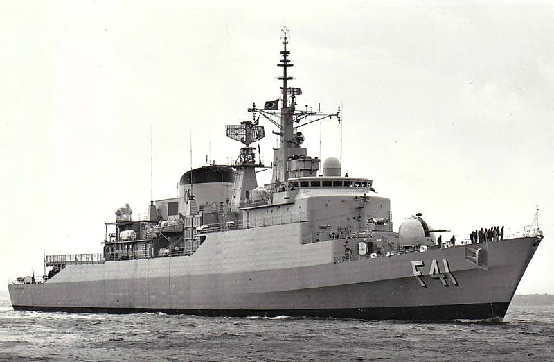 1977 to DATE - DEFENSORA (F41) - Niteroi Class Frigate - 3800 tons - 129.2 x 13.5 - 1977 Vosper Thorneycroft, - 1x4.5in., 2x20mm, Exocet, ASPIDE, 6TT - 30 knots - still in service - seen here 10/77.