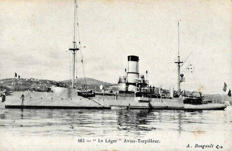 1891 to 1910 - LEGER - Levrier Class Torpedo Gunboat - 503 tons - 63.0 x 7.0 - 1891 Arsenal de Lorient - 1x65mm, 3x47mm, 2x37mm, 3TT - 18 knots - 1910 decommissioned.