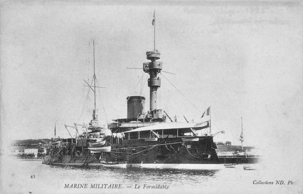 1888 to 1909 - FORMIDABLE - Admiral Baudin Class Pre-Dreadnought Battleship - 12350 tons - 98.0 x 21.2 - 1888 Lorient Naval Dockyard - 05/91 Flafship of Mediterranean Squadron, 1898 Atlantic Fleet, 02/09 decommisioned.