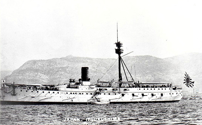 1891 to 1922 - ITSUKUSHIMA - Matsushima Class Protected Cruiser - 4347 tons - 99.8 x 15.4 - 1891 Société Nouvelle des Forges et Chantiers de la Méditerranée, La Seyne-sur-Mer, France - 1x320mm, 11x4.7in., 4TT - 16 knots - 17/09/1894 Battle of the Yalu River, damaged, 15 dead, 09/02/1895 Battle of Wei Hai Wei, 03/1898 reclassified as 2nd Class Cruiser, 02/01 Training Ship, 02/04 Blockade of Port Arthur, 27/05/05 Battle of Tsushima, 07/05 Invasion of Sakhalin, 1906 Training Ship, 08/12 reclassified as 2nd Class Coast Defence Vessel, 1919 Submarine Tender, 09/22 decommissioned, 1926 broken up.