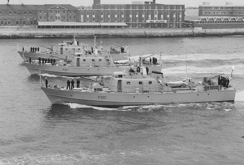 1966 to 1987 - SIMBA (P3110), NDOVU (P3117), CHUI (P3112) - Simba Class Patrol Boats - 109 tons - 31.4 x 6.0 - 1966 Vosper Thornycroft, Portsmouth - 2 x 1 40mm - 24 knots - all decommissioned 1987/88 - seen here on trials in August 1966.