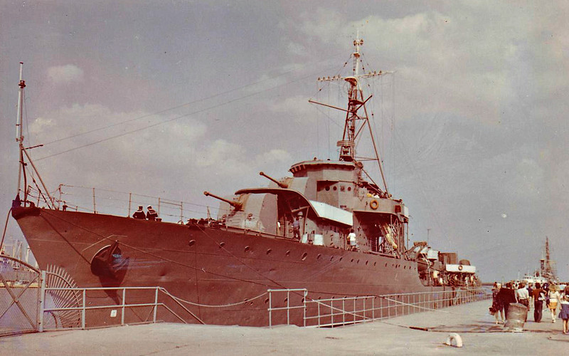 1932 to 1960 - BURZA - Wicher Class Destroyer - 1400 tons - 106.9 x 10.5 - 1932 Chantiers Navals Francais, Blainville - 4x130mm, 2x40mm, 6TT - 33 knots - 09/39 Peking Plan, escaped to Britain, 04/40 Norway, 05/40 Operation Dynamo, 1941 Convoy Escort duties, 1944 Training Ship, 1945 Submarine Tender, 1946 to Royal Navy, 1951 returned to Polish Navy, 1960 decommisioned, museum ship at Gdynia, 1977 broken up.