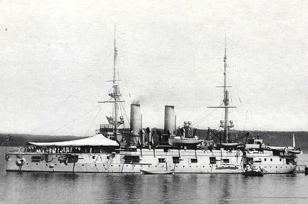 1891 to 1922 - IMPERATOR ALEKSANDR II - Imperator Aleksandr II Class Pre-Dreadnought Battleship - 9392 tons - 105.6 x 20.4 - 1891 Baltic Shipyard, St Petersburg - 1x12in., 4x9in., 8x6in., 10x47mm, 10x37mm, 5TT - 15 knots - 06/95 Opening of Kiel Canal, 08/96 Mediterranean Fleet, 09/01 Baltic, 1904 gunnery training ship, 05/17 renamed ZARYA SVOBODY, 08/22 sold for breaking.