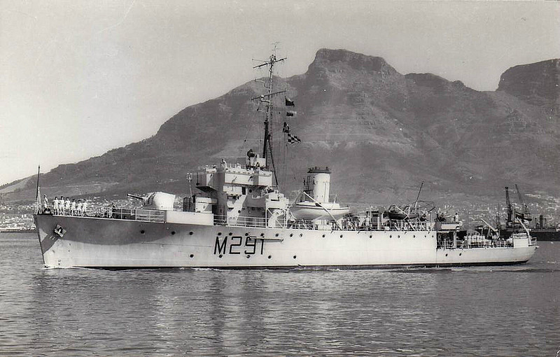 1947 to 1994 - PIETERMARITZBURG (M291) - Algerine Class Minesweeper - 1100 tons - 69.0 x 10.8 - 1943 Lobnitz & Co., Renfrew - 1x4in., 4x20mm - 16.5 knots - 10/43 commisioned as HMS PELORUS (J291), Atlantic Convoys, 06/44 Operation Neptune, 1947 to South Africa as PIETERMARITZBURG (M291), 12/11/94 scuttled as reef near Simonstown - seen here in 12/83.