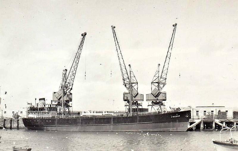 EMPIRE CONDART - Cargo - 423GRT - 53.9 x 8.0 - 1944 Lidingo Nya Varv, No.2 as STADT GLUCKSTADT (1944-47) - 1945 taken as a prize in Germany - 1947 EMPIRE CONDART, 1947 FREDOR, 1957 SEASHELL - 12/68 broken up at Tamise - seen here as FREDOR (Plym Shipping Co.)