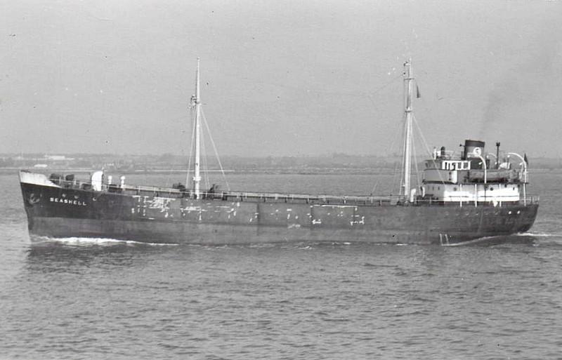EMPIRE CONDART - Cargo - 423GRT - 53.9 x 8.0 - 1944 Lidingo Nya Varv, No.2 as STADT GLUCKSTADT (1944-47) - 1945 taken as a prize in Germany - 1947 EMPIRE CONDART, 1947 FREDOR, 1957 SEASHELL - 12/68 broken up at Tamise - seen here as SEASHELL (Instone Shipping).