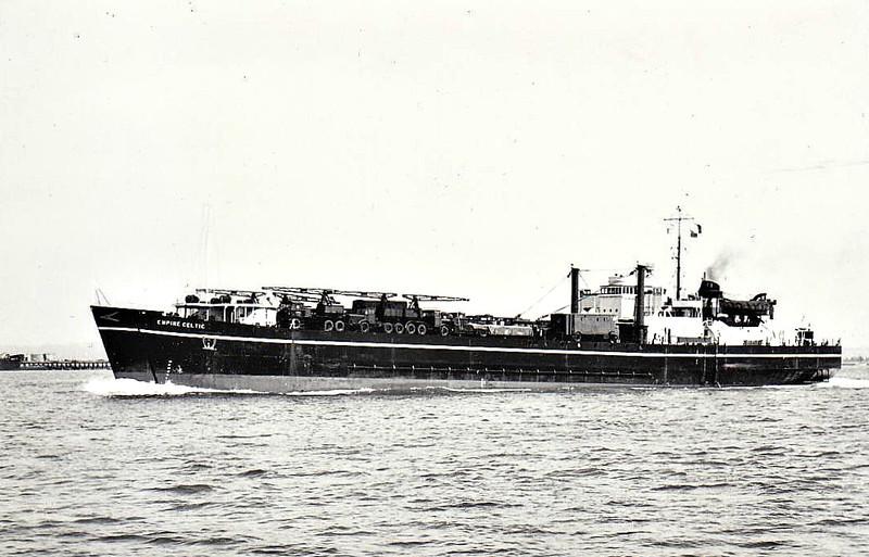 EMPIRE CELTIC - RoRo/Cargo - 2256GRT/4820DWT - 105.4 x 16.8 - 1945 Davie Shipbuilding, Lauzon, No.567 as LST-3512 (1945-54) - 1954 EMPIRE CELTIC - 09/62 broken up at Santander..