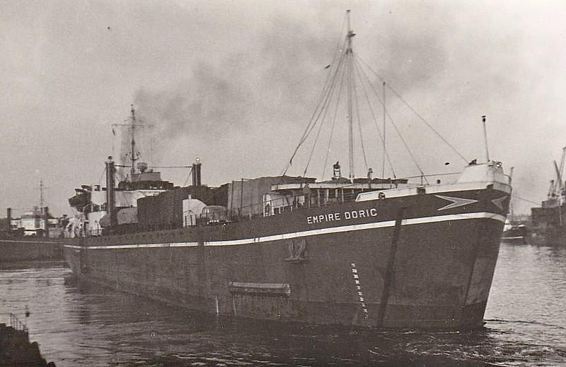 EMPIRE DORIC - RoRo/Cargo - 2256GRT/4820DWT - 105.4 x 16.8 - 1945 Harland & Wolff, Govan, No.1297 as LST 3041 (1945-54) - 01/60 broken up at Port Glasgow.