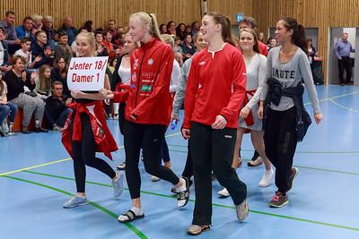 Sommeravslutting for Skedsmo HK  med innmars og presentasjon av lagene.