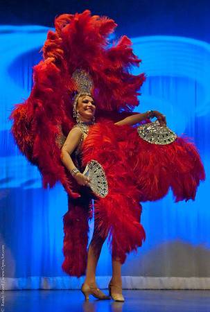 SHOWGIRLS - COSTUMES