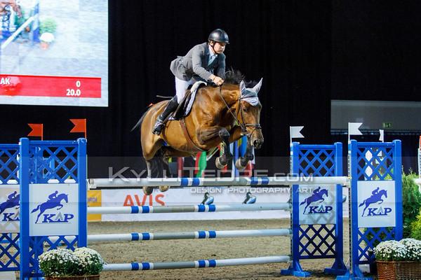 Michal KAZMIERCZAK - VIA BRAVA B @ Tallinn International Horse Show 2014, 130-135 cm open class on Friday, presented by Tere Kššk. Foto: Kylli Tedre / www.kyllitedre.com