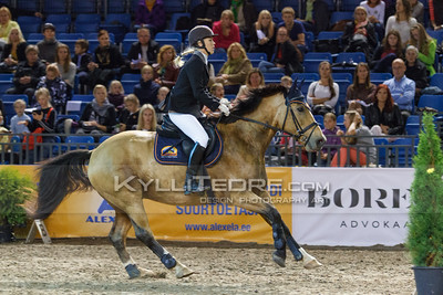 Maarja-Liis Järvekülg-Luoma - OLMAR @ Tallinn International Horse Show 2014 harrastajate parkuur, 100 cm. Foto: Kylli Tedre / www.kyllitedre.com