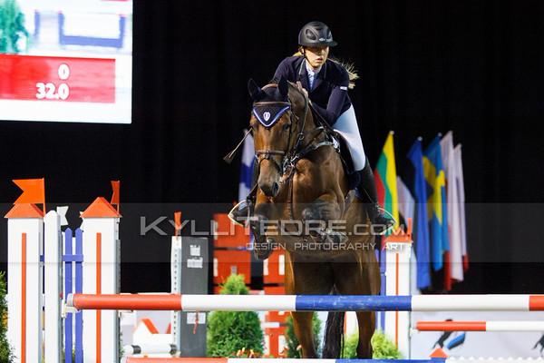 Mai-Britt NUUDI - TAHIS DU MASURE @ Tallinn International Horse Show 2014, Sunday: Young Riders, 130 cm presented by Avis Liising. Foto: Kylli Tedre / www.kyllitedre.com