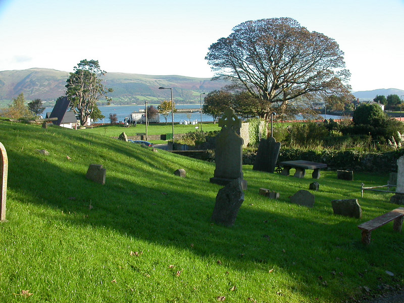 """Irish cemetary <div id=""""caption_tourlink"""" align=""""right"""">[photo © guide Terry McEneaney]</div>"""