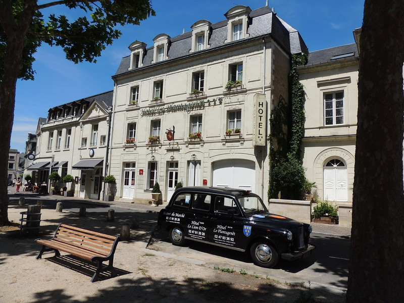 The Hotel Plantagenet, our base for the first four nights of the tour, lies along the southern edge of Chinon, just across from a park and the placid Vienne River. (Photo by Megan Edwards Crewe)