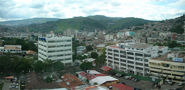 """Tegucigalpa is a large, over-crowded city, the capital of Honduras — it does have a certain difficult-to-describe """"appeal."""" <div id=""""caption_tourlink"""" align=""""right""""> [photo © participant Dominic Sherony]</div>"""