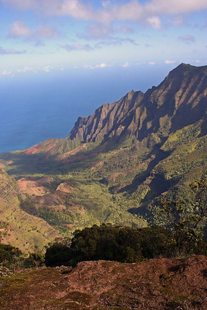"NaPali Coast, Kauai<div id=""caption_tourlink"" align=""right""> [photo © guide Alvaro Jaramillo]</div>"