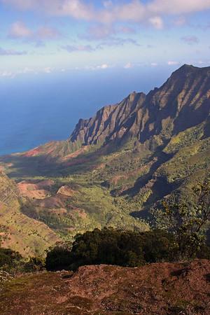 "NaPali Coast, Kauai<div id=""caption_tourlink"" align=""right""> [photo © guide Alvaro Jaramillo]</div>"