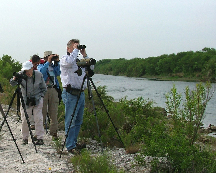 """Group with John Rowlett at the Rio Grande <div id=""""caption_tourlink"""" align=""""right""""> [photo © participant Pat Newman]</div>"""