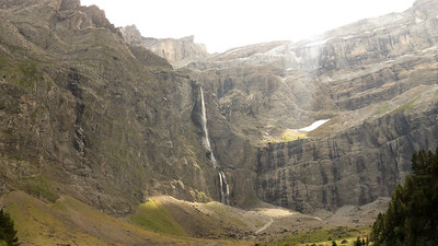 Participant Mary Deutsche shared this wonderful image of Cirque de Gavarnie in the Pyrenees.