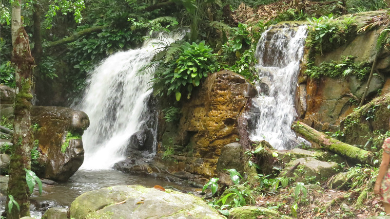 Twin waterfalls mao16a Sherry L Collins