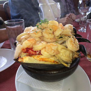 Portion control goes out the window when you order the seafood paila in Puerto Vares.(Photo by guide Peter Burke)