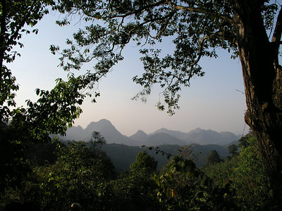 And another dramatic view of the mountainous surroundings at Doi Ang Khang.Link to: THAILAND[photo © Richard Webster]