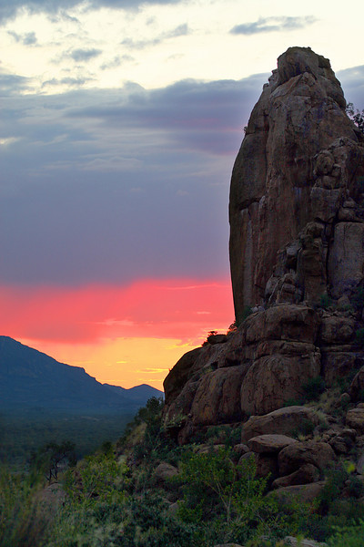 "A striking sunset in the Erongo Wilderness of Namibia, also by participant Paul Thomas<div id=""caption_tourlink"" align=""right"">Link to: <a id=""caption_tourlink"" href=""http://www.fieldguides.com/namibia.htm"" target=""_blank"">NAMIBIA & BOTSWANA</a><br>[photo © participant Paul Thomas]</div>"