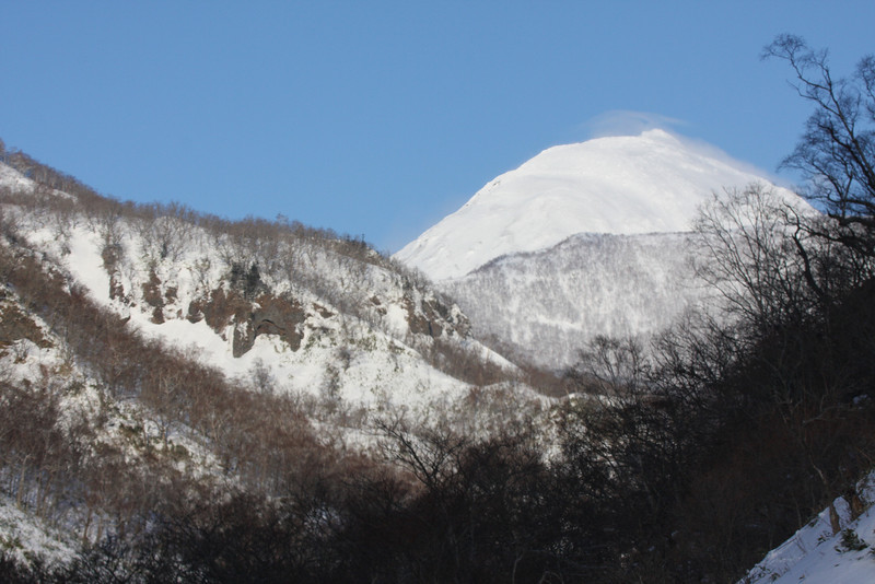 "The Hill of the Eagles, Washi no Yado -- some of the beautiful scenery on our Winter Japan itinerary.<div id=""caption_tourlink"" align=""right"">Link to: <a id=""caption_tourlink"" href=""http://www.fieldguides.com/japan.htm"" target=""_blank"">WINTER JAPAN: CRANES & SEA-EAGLES</a><br>[photo © Phil Gregory]</div>"