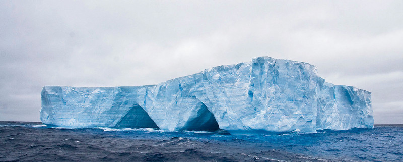 A wide-angle view of the same blue berg.  [Photo by guide George Armistead]