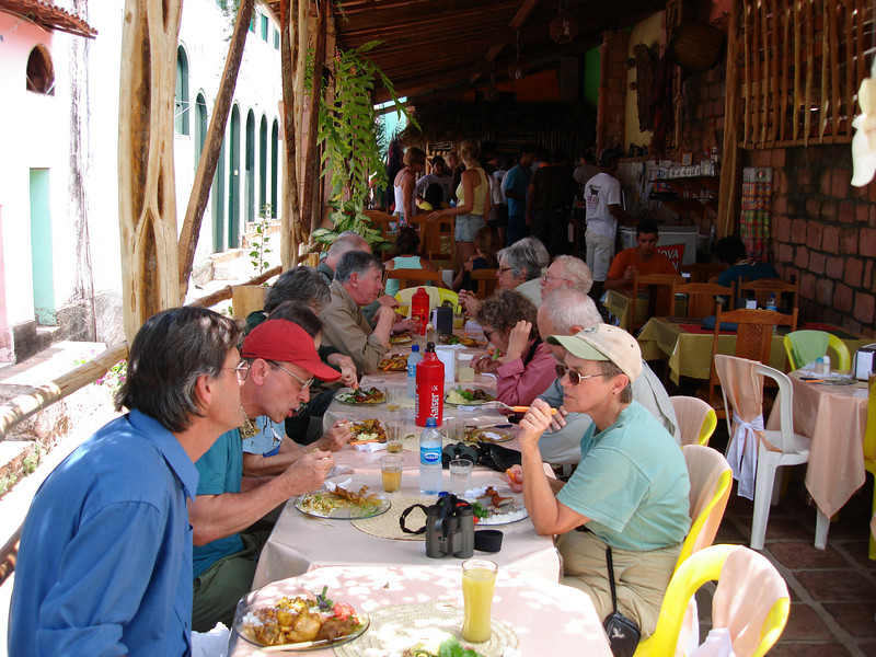 "Lunch in Lencois <div id=""caption_tourlink"" align=""right""> [photo © guide Bret Whitney]</div>"
