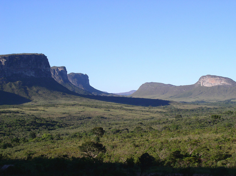 "Three Brothers, Chapada Diamantina <div id=""caption_tourlink"" align=""right""> [photo © guide Bret Whitney]</div>"