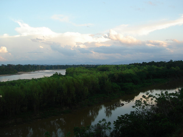 """Looking up the Tambopata toward the Andean foothills, from TRC<div id=""""caption_tourlink"""" align=""""right""""><br>[photo © Rose Ann Rowlett]</div>"""