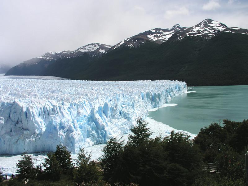 """Perito Moreno Glacier <div id=""""caption_tourlink"""" align=""""right""""> [photo © guide Dave Stejskal]</div>"""